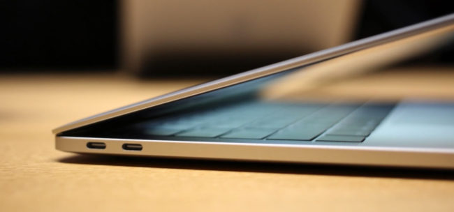 Удобная клавиатура и тачпад в MacBook Pro