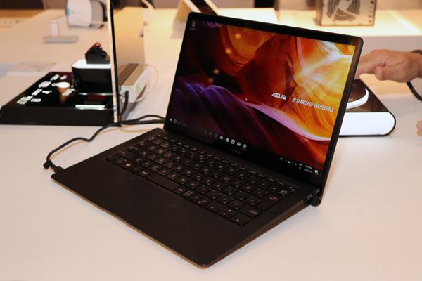 Экран Asus ZenBook S (UX391)