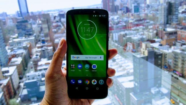 Дисплей Motorola Moto E5 Plus