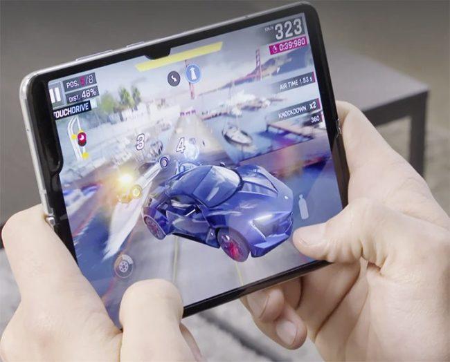 Какие проблемы у складного смартфона Samsung Galaxy Fold
